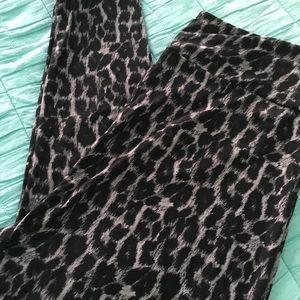 Lularoe Tc2 leopard print leggings
